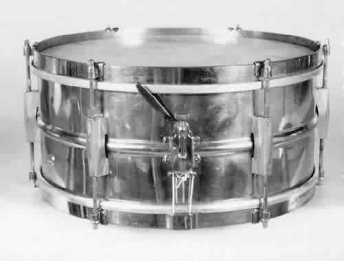 "GRETSCH: grb001s 6½x14, 30's, brass shell, 6 ""Broadkaster"" lugs, clip-style non-flanged rims."