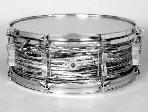 "LUDWIG:  luw025s  5x14, 60's, ""Jazz Festival"" model, oyster black pearl (Ringo/Beatles) finish, 8 lugs."