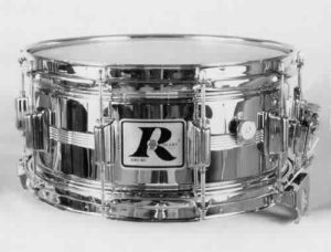 "ROGERS:  rob003s  6½x14, 70's, ""Dyna-Sonic"" model, heavyweight double-beaded brass shell, 10 lugs, floating snare assembly."