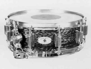 """ROGERS:  row003s  5x14, 60's, """"Dyna-Sonic"""" model, """"Blue Onyx Pearl"""" finish, 10 lugs, floating snare assembly."""