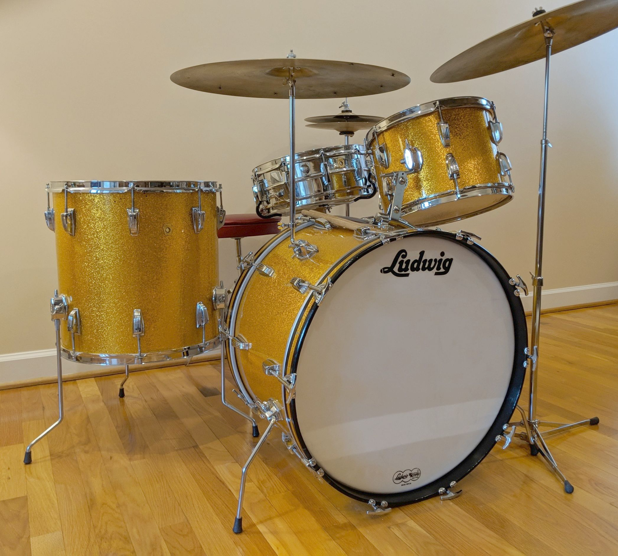 Drums For Sale >> Vintage Ludwig Classic 4 Pc Drum Set W Cymbals Hardware Gold