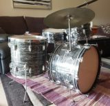 Ludwig 1963 Black Oyster Pearl Drum Set, Matching Snare